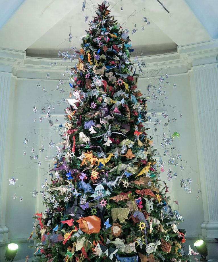 Japan Origami Decorate Christmas Tree Cool Christmas Trees Origami Christmas Tree Christmas Tree Decorations