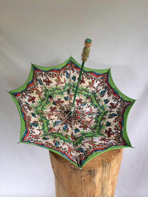 Vintage Disney Child S Umbrella Swallow Brand By Vintagechocolat 15 50 Childrens Umbrellas Vintage Disney Long Umbrella