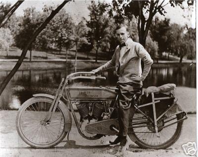 Vintage Harley Davidson Motorcycle 1913 Real Photo Look Vintage Harley Davidson Motorcycles Vintage Harley Davidson Vintage Harley