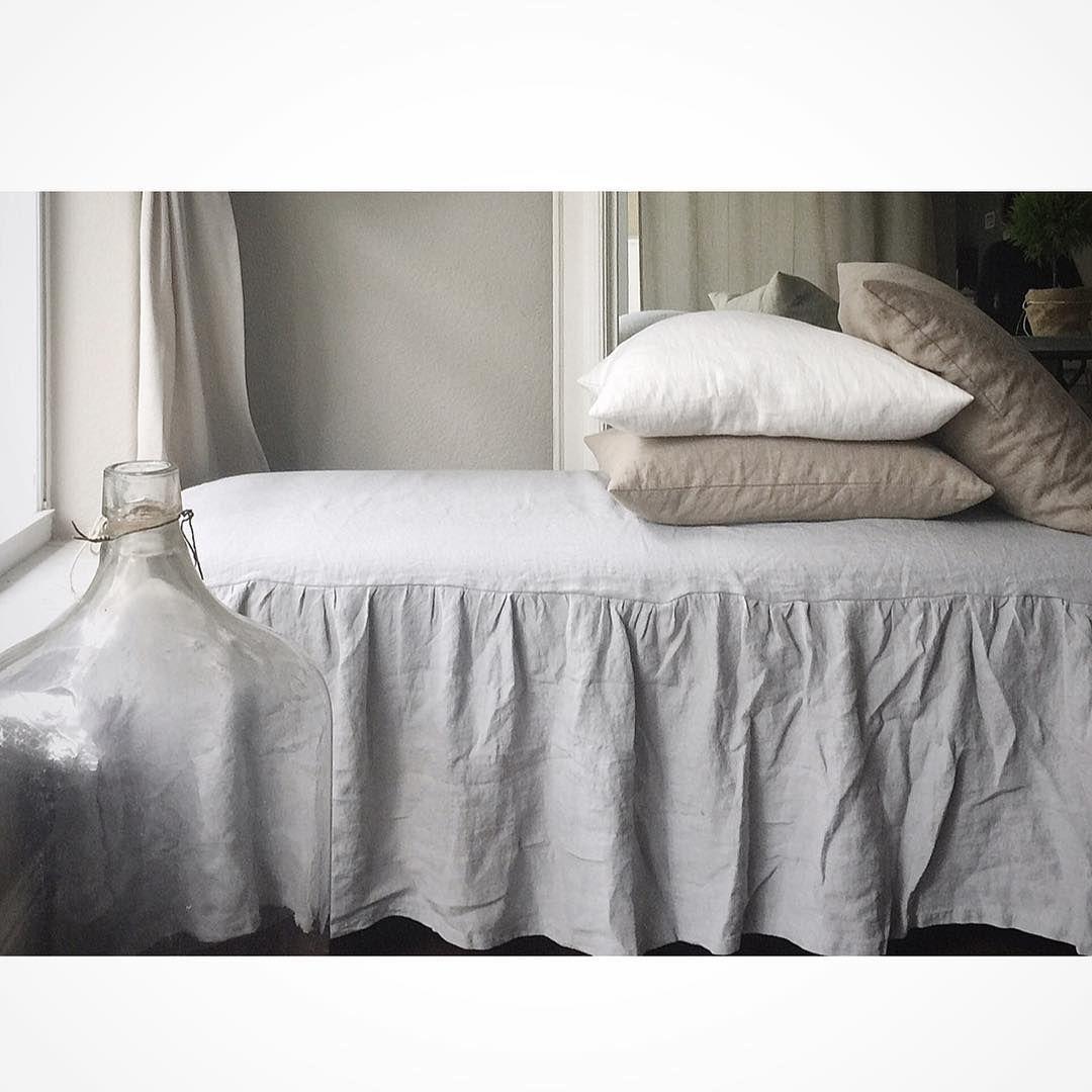 lovintage finds Elegant bedding, Slipcovers