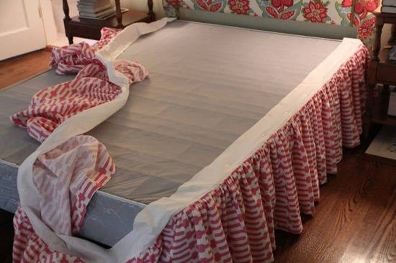 Easy on Bed skirt with detachable design - purchase with bed skirt, NOT SOLD SEPARATELY, Work with Split Adjustable Mattress