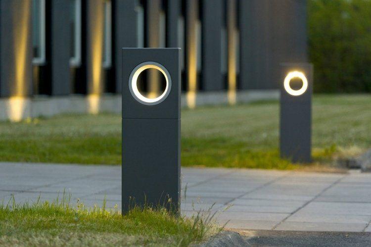 éclairage extérieur moderne en bornes avec détecteur de mouvement ...