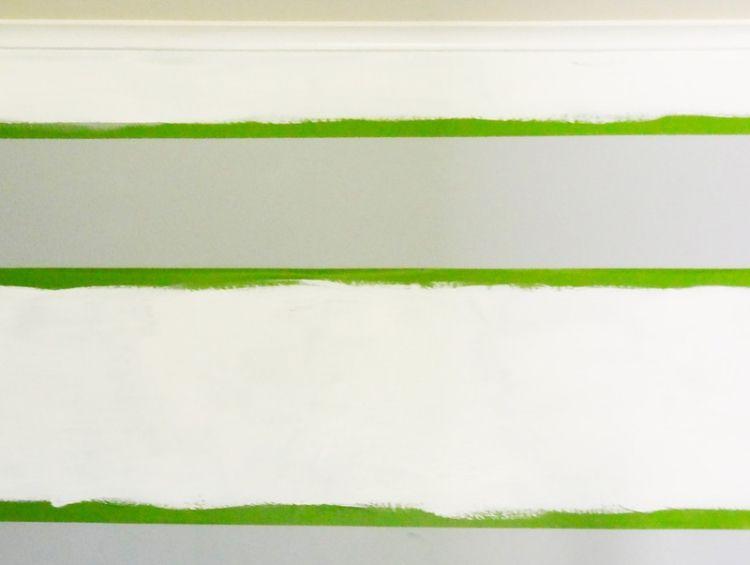 Streifen an der Wand streichen Anleitung und Tipps
