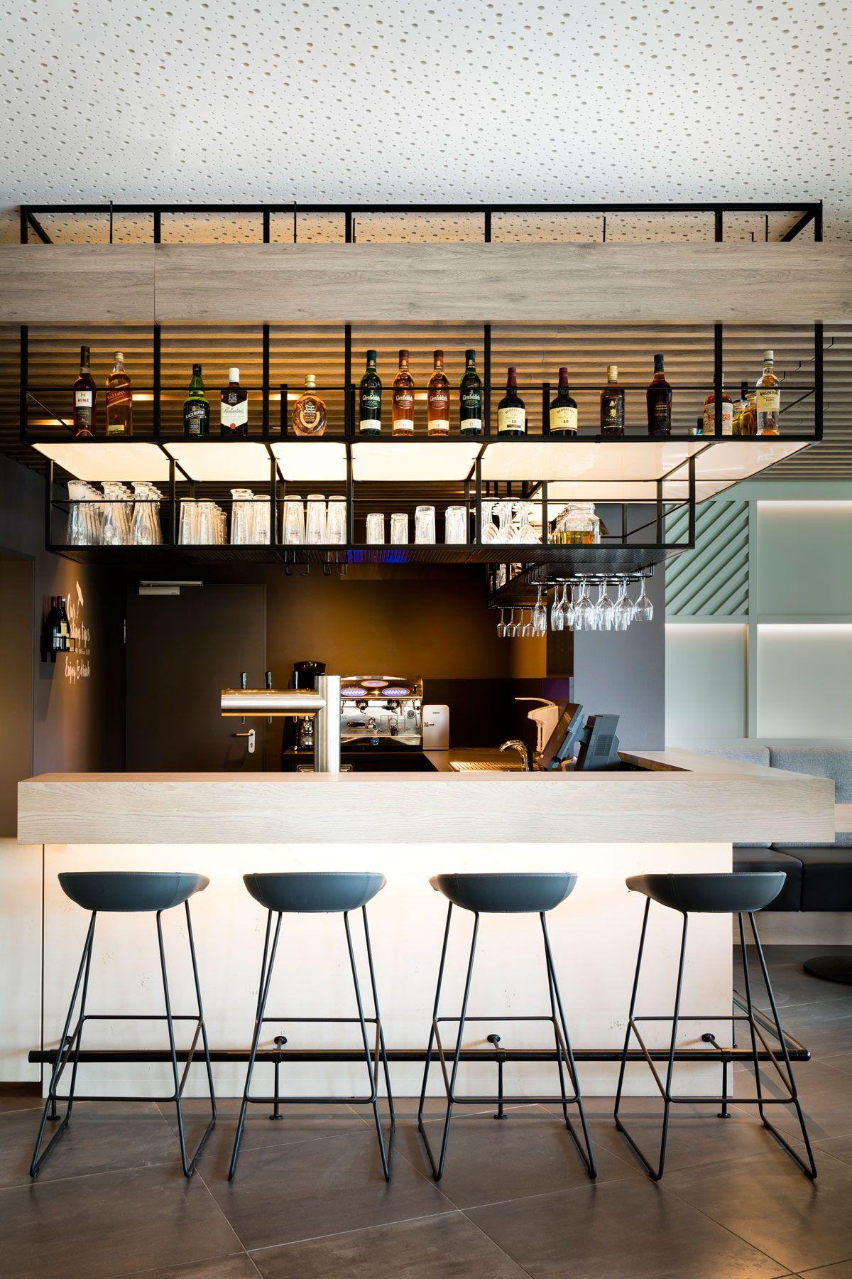 Bar Counter Barstool Clean Minimalistic Acomhotel M 252 Nchen Haar By Dia Dittel Architekten