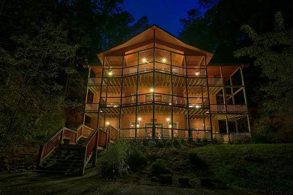 King Of The Mountain 4 Bedroom Cabin Rental Vacation