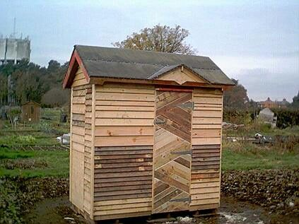 Small Pallet Shed Easy Craft Ideas