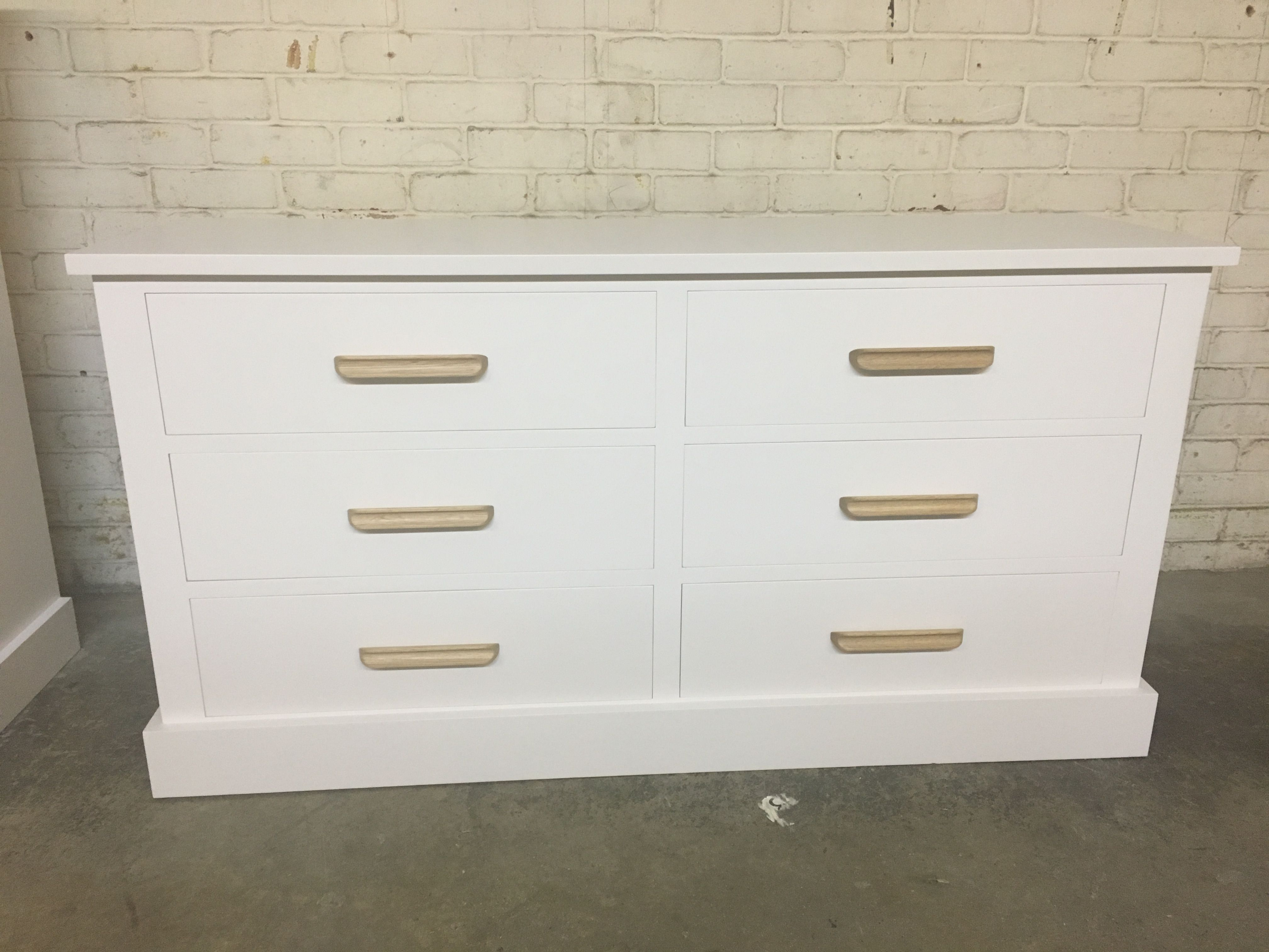 One Of Our Deep Drawer Chests Painted White With Oak Bar Handles We Love It Www Cobwebsfurniture Co Uk Dresser Drawers Dresser Drawers [ 3024 x 4032 Pixel ]