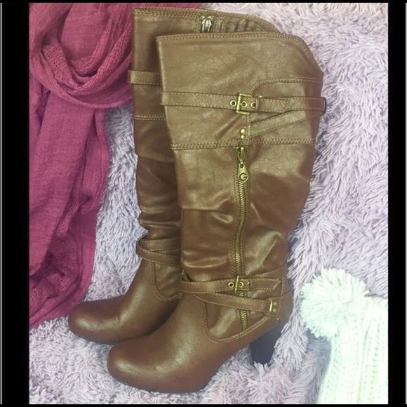 """Guess Brown Heel Boots Rozetta G by Guess Brown Boots Rozetta Worn a few times, great condition! Color: Brown with Gold Ripper and Buckles Size: Women's 7M Heel Height: about 3"""" Please ask questions! Feel free to make an offer! •••••••• No PayPal, No Trades, I Bundle! I bundle with my moms closet! @commonthreads G by Guess Shoes Heeled Boots"""