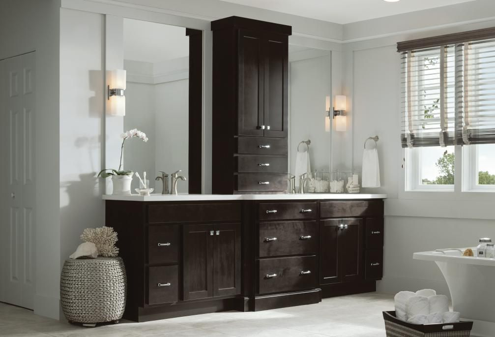 Outstanding Moneta Maple Date Bath By Thomasville Cabinetry Home Interior And Landscaping Elinuenasavecom