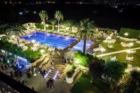 Il club hotel kennedy pronto a proporvi una cerimonia ed for Piscina kennedy