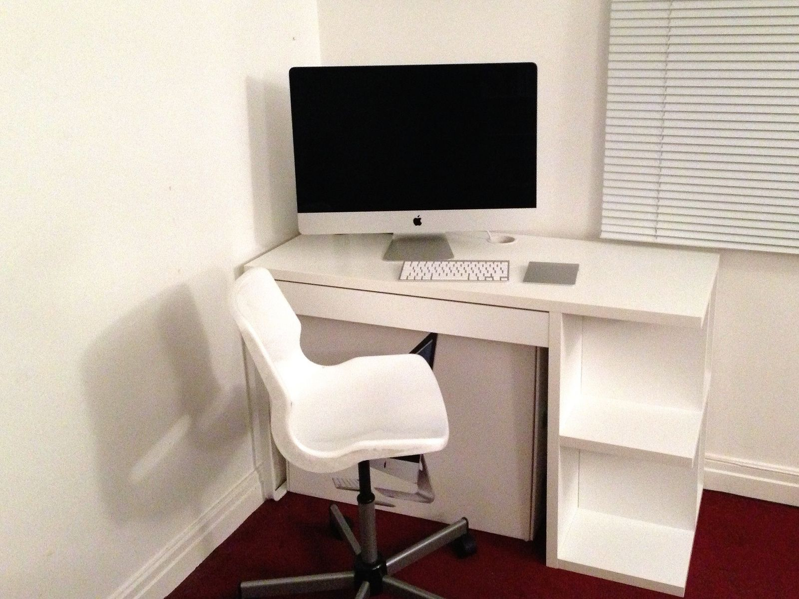 New imac and micke desk functional beautiful home
