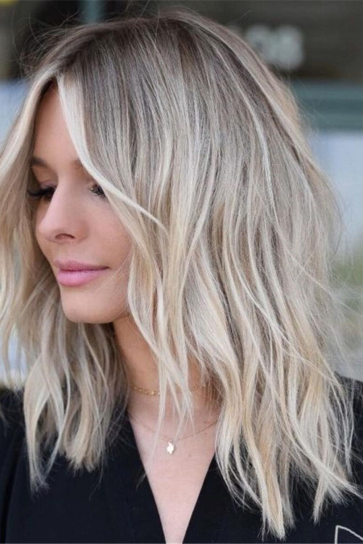 30 Best Medium Length Haircut Gallery