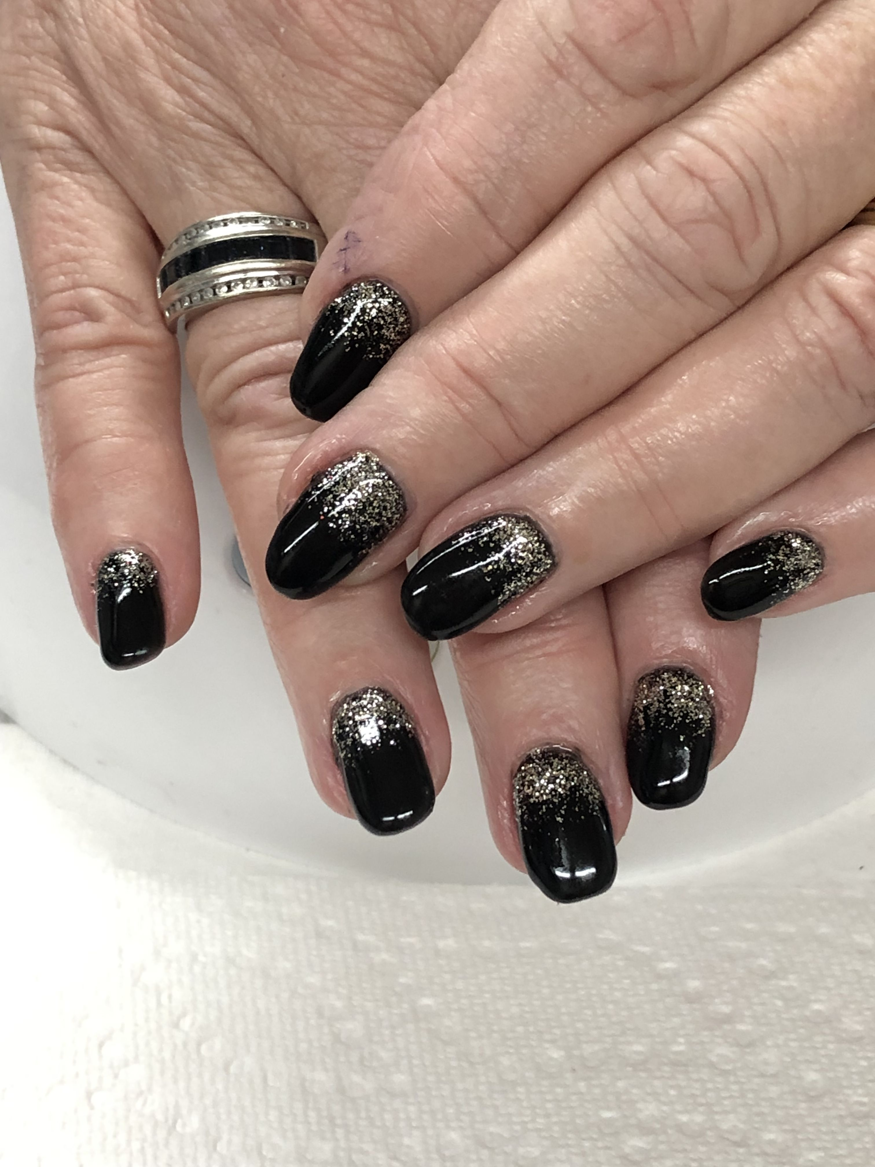 Black Gold New Years Gel Nails Light Elegance Black