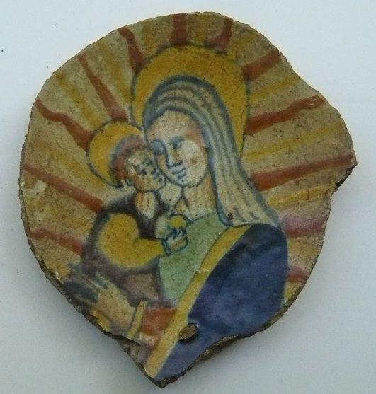 goudsetegels1 Fragment of a plate, Dutch, 17th century