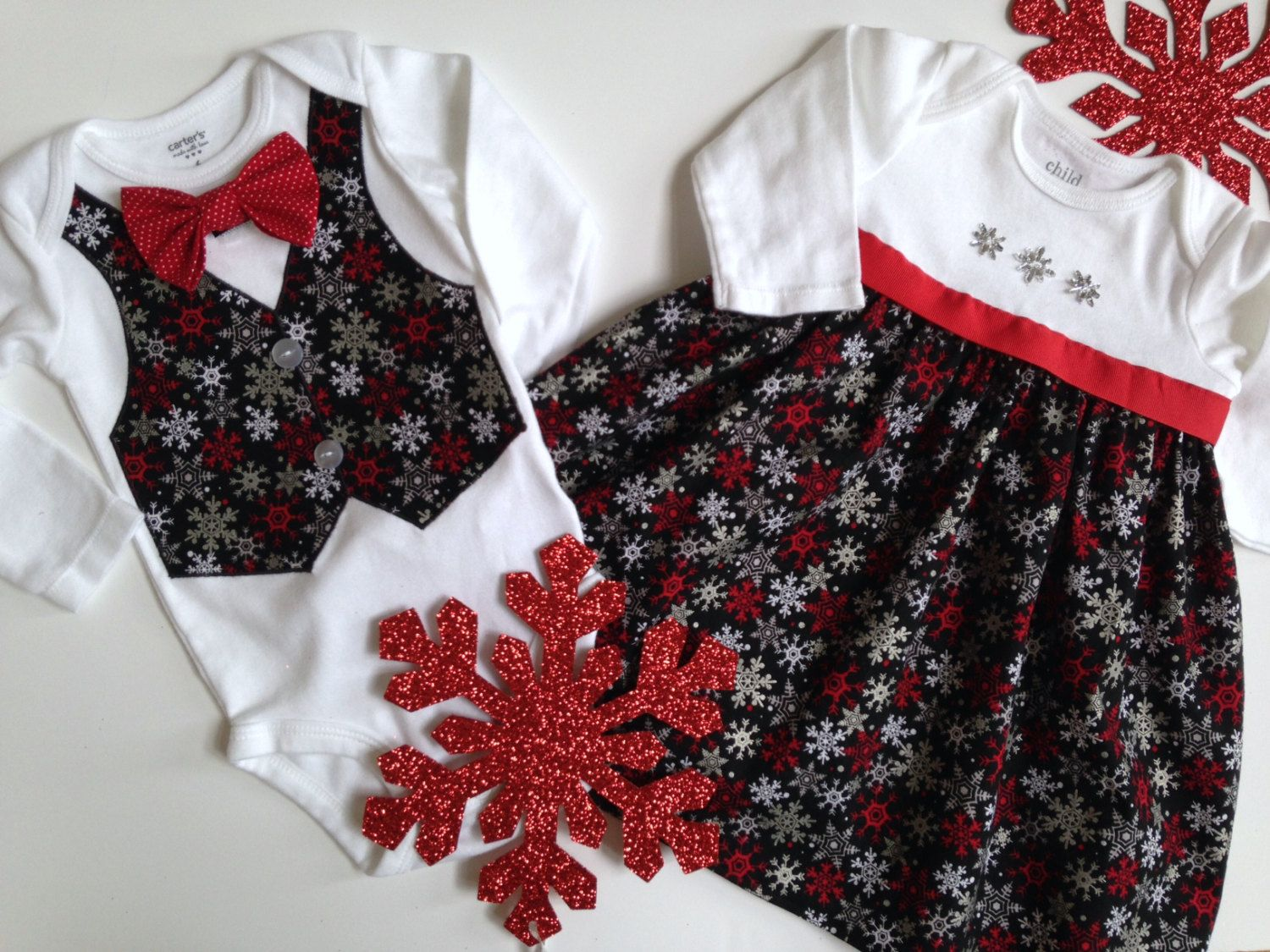 f01237ee6 Christmas Twins Onesie, Sibling Christmas Outfits, Matching Sibling Outfits,  Brother Sister Outfit, Big Sister Little Brother by SweetTootsy on Etsy