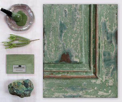 Learn how to make your own paints and recreate 24 paint finishes with rich patina, on wood, in this Online Course ~ The FARRAGOZ Patina FINISHES Course.