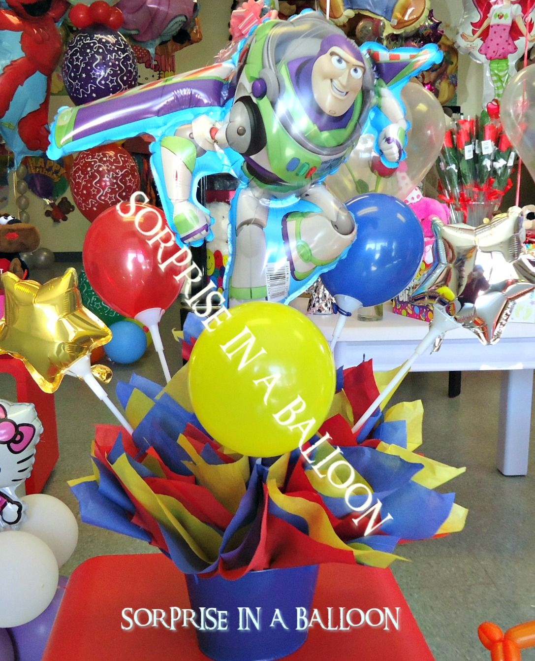 Incredible Buzz Lightyear Centerpiece With Balloons By Sorprise In A Download Free Architecture Designs Scobabritishbridgeorg