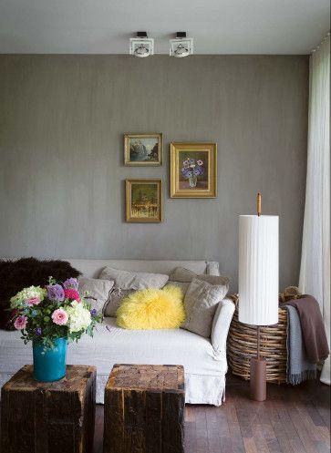Stilvoll Wohnen Mit Farbe Farbratgeber Wohnzimmer Sofa Grau