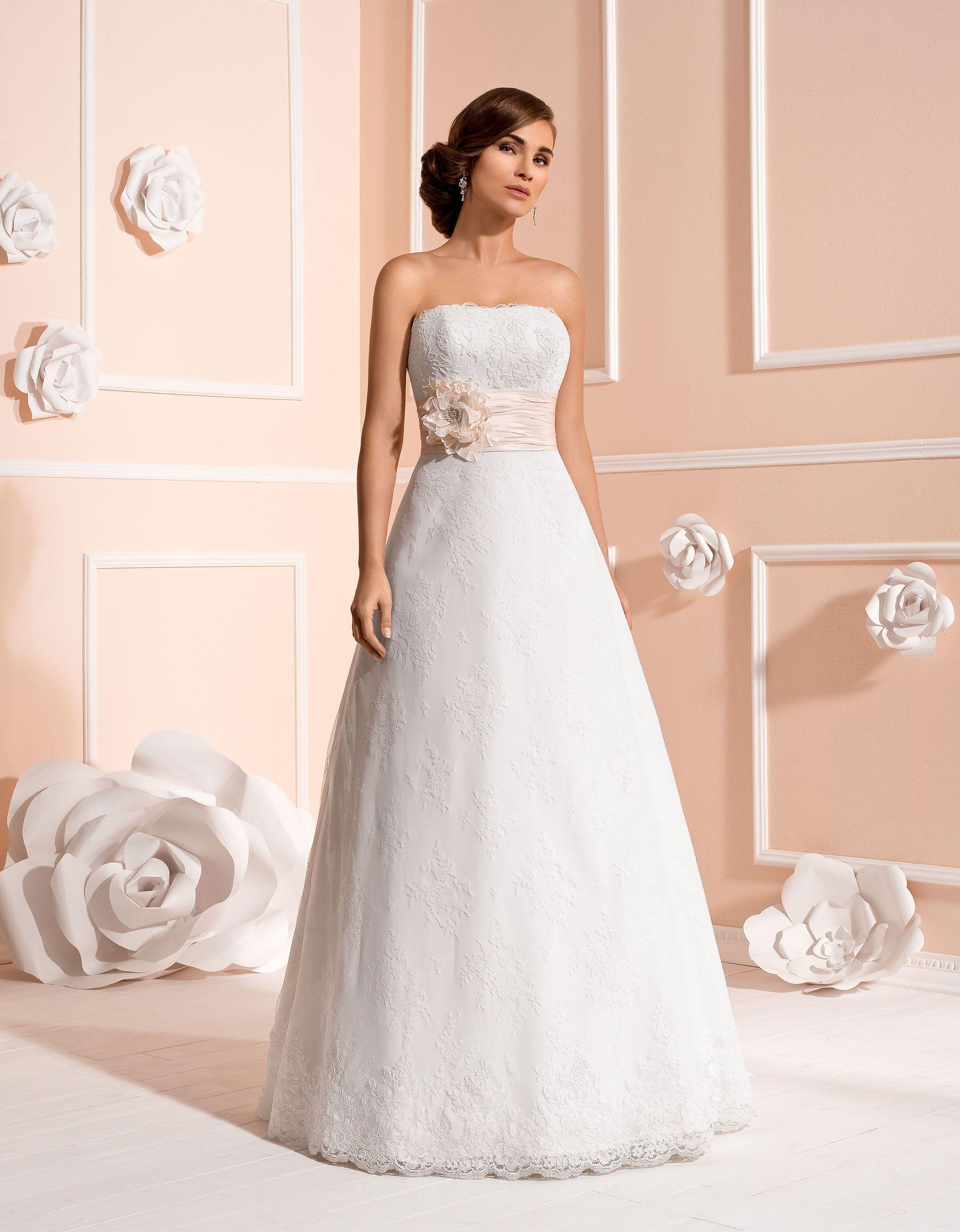 Ziemlich Nixekleid Hochzeit Zeitgenössisch - Brautkleider Ideen ...
