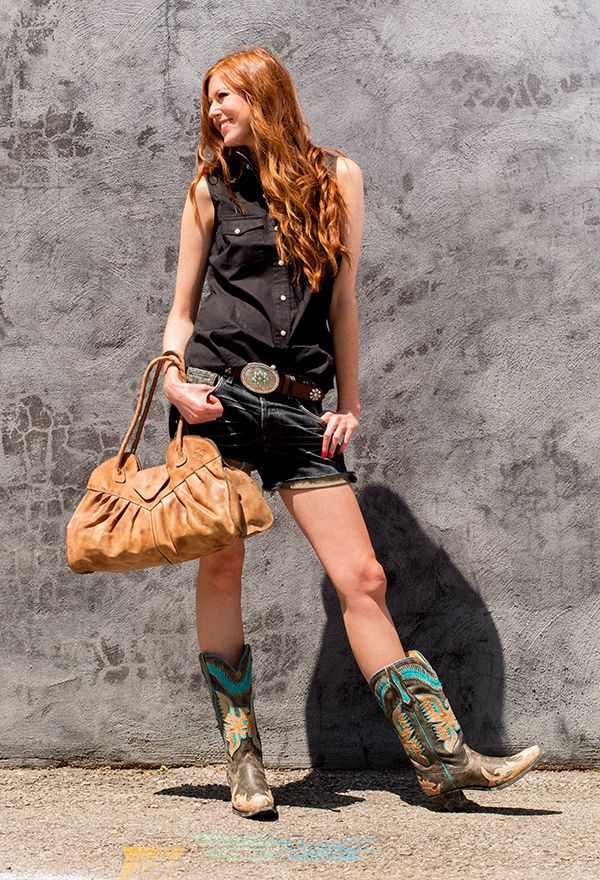 Women In Cowboy Boots - Boot Hto