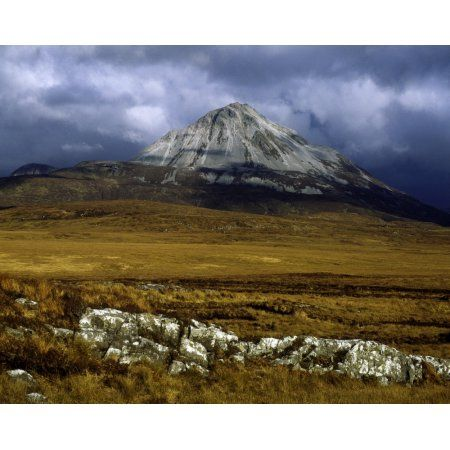 Posterazzi County Donegal Mount Errigal Ireland Canvas Art - The Irish Image Collection Design Pics (32 x 24)