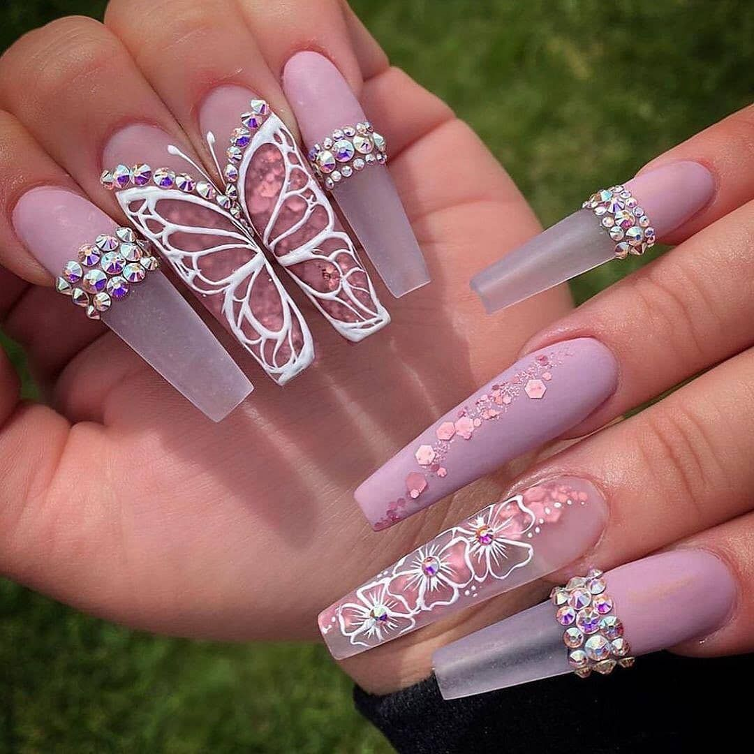 "Daily Viral Nails on Instagram: ""Comments this beautiful amazing Glamour's nails  and tag your friends🌸💜💅🏻 Follow 💋 @dailyviralnails Follow 💄 @dailyviralnails Follow 💖…"""