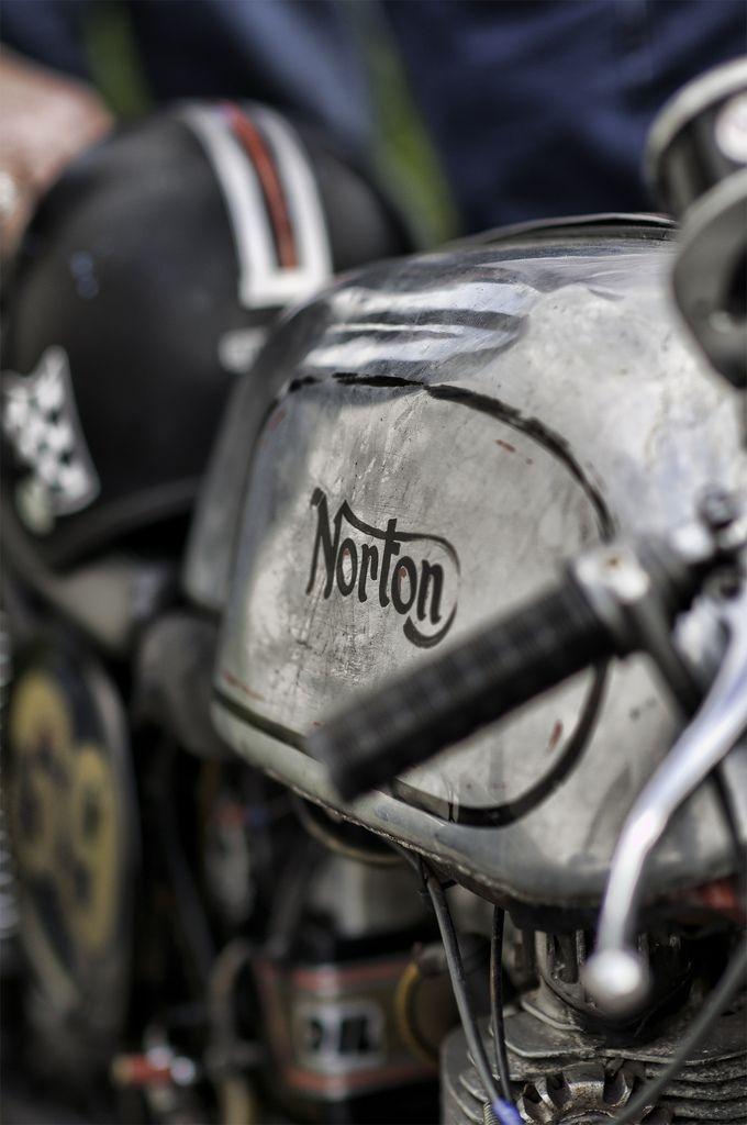 Image result for vintage μοτοσυκλετες νορτον