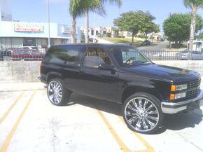 Chevy Tahoe On Strada Corona Wheels Chevy Strada Rims For Sale