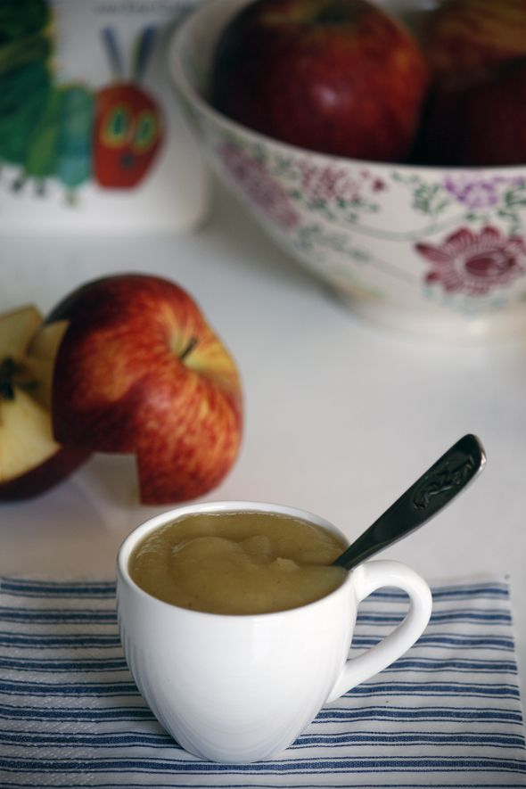 Organic Homemade Applesauce Suitable from 4 months Baby