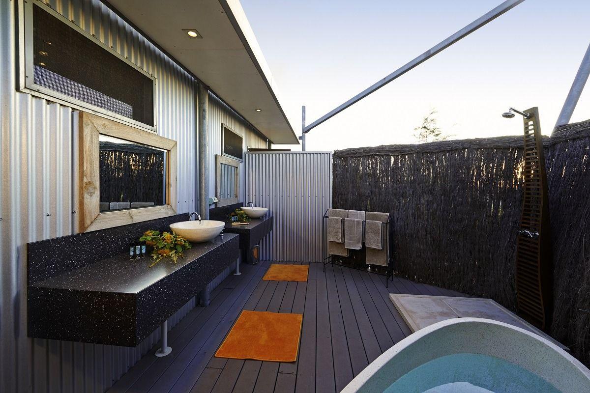 Outdoor bathroom house ideas pinterest outdoor bathrooms