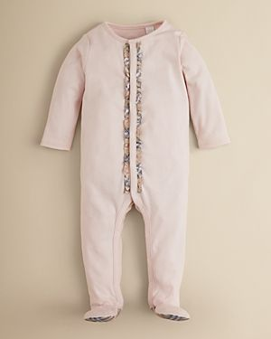 0455f05a1 Burberry Baby   Baby Style   Burberry baby girl, Unisex baby clothes ...