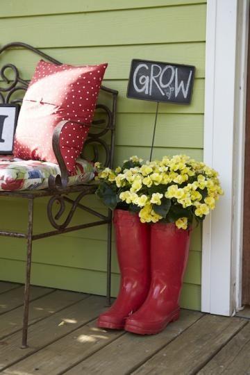 farm style wood rain boots flowers hat scenery Beautiful Decorative Trash Can Wonderful Addition To Ur Decor