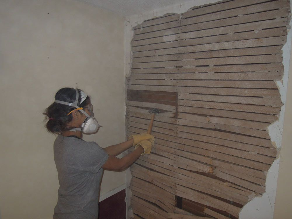 Removing Lath And Plaster Walls Get Up And Diy Plaster Walls Craftsman Remodel Craftsman Cottage