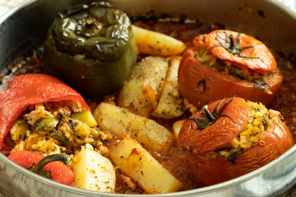Vegetarian Gemista Vegetarian Stuffed Roasted Peppers Tomatoes Dimitras Dishes Recipe In 2020 Roasted Peppers Stuffed Peppers Greek Stuffed Peppers