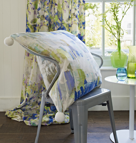 Beautiful greens and blues for the kitchen - bring the garden in!