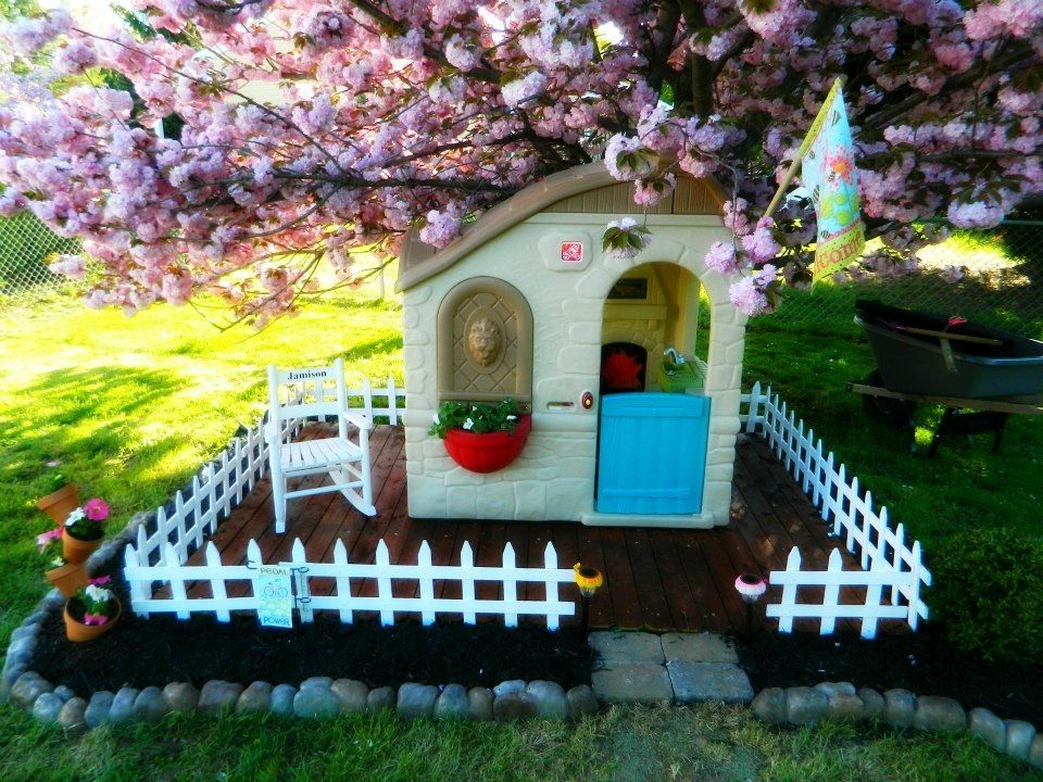 not your average playhouse easy way to make those tacky plastic playhouses look cute in your. Black Bedroom Furniture Sets. Home Design Ideas