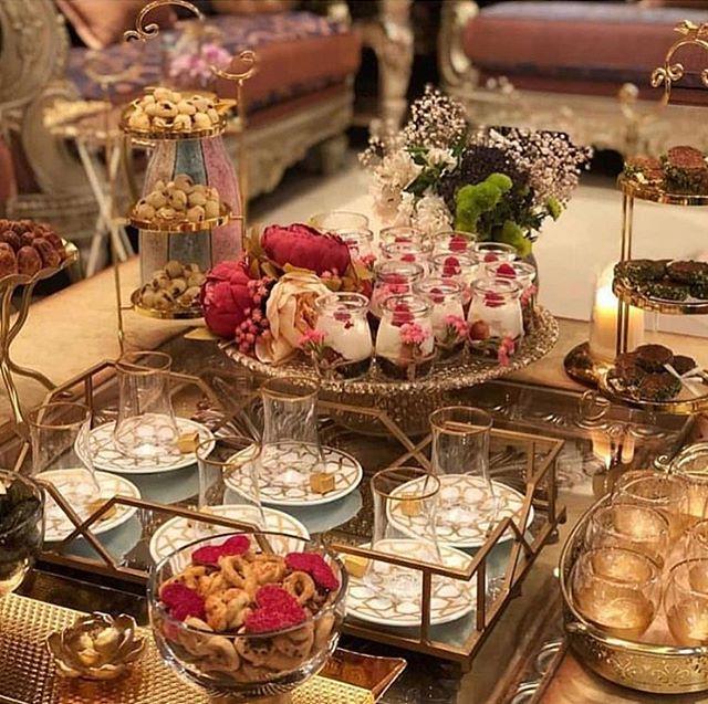 سبحان الله وبحمده تنسيقات ضيافه تنسيقاتكم ضيافه ضيافه قهوه ضيافه مميزه اكسبلوور الكويت السعودية افكار Food Display Table Tea Decor Food Decoration