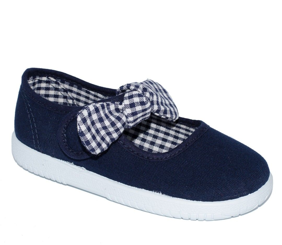 899f7c217 Zapatos beige para niño