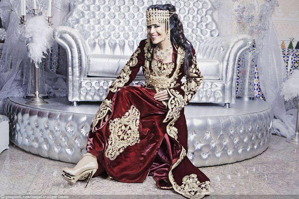 Algerian fashion: Maroon Qatifa dress