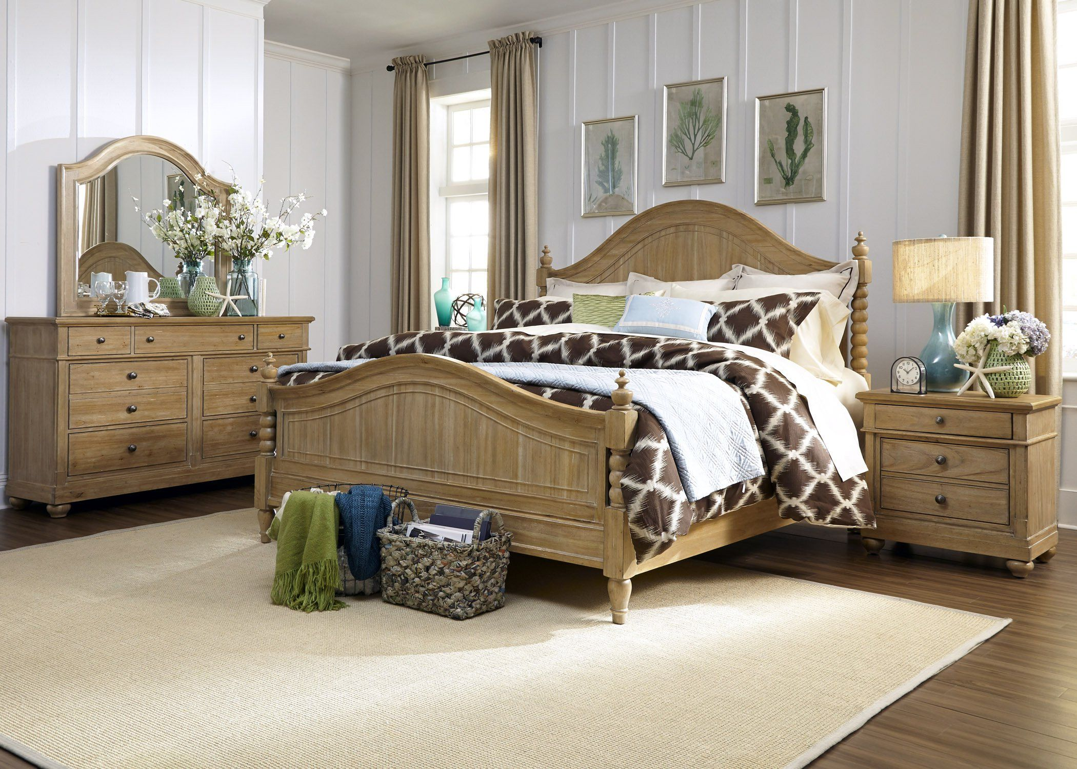 Liberty Furniture Industries Harbor View Collection Poster Bed Set - Liberty furniture industries bedroom sets