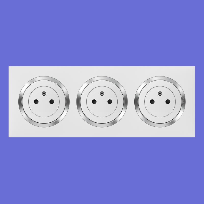 Triple Prise De Courant 2p T Surface Dooxie Legrand 16a Precablees Finition Blanc Prise De Courant Conseils De Pose Prise Interrupteur