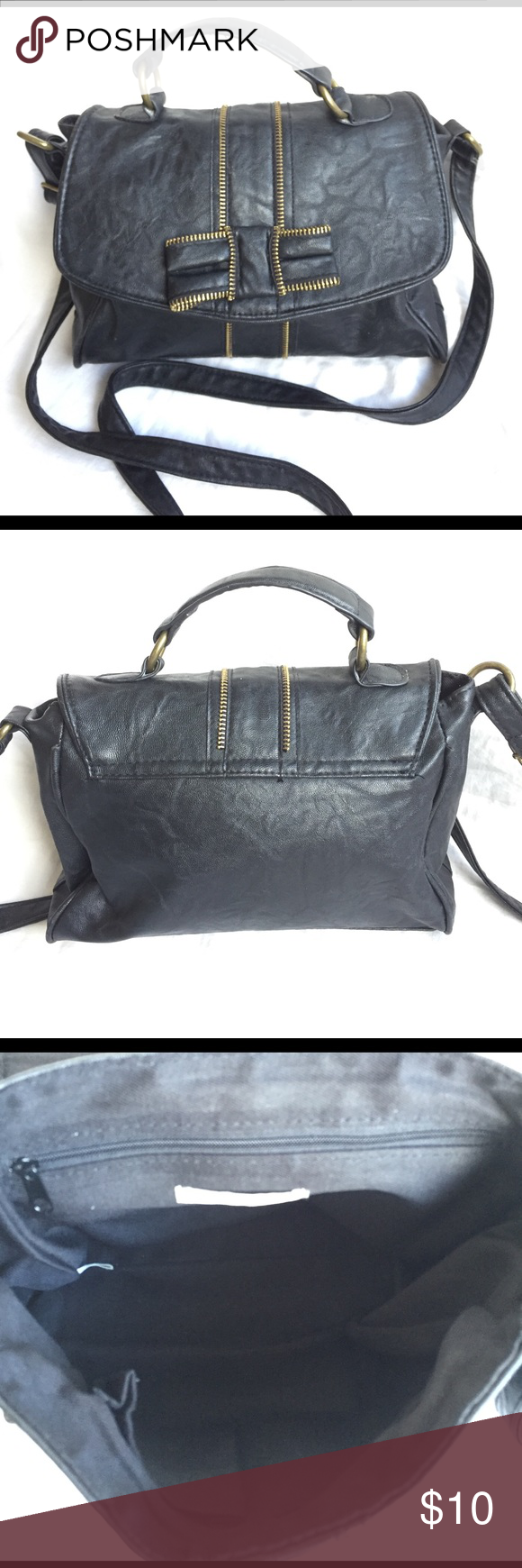 Charlotte Russe Purse Good condition Charlotte Russe purse. Magnetic snap closure. Charlotte Russe Bags
