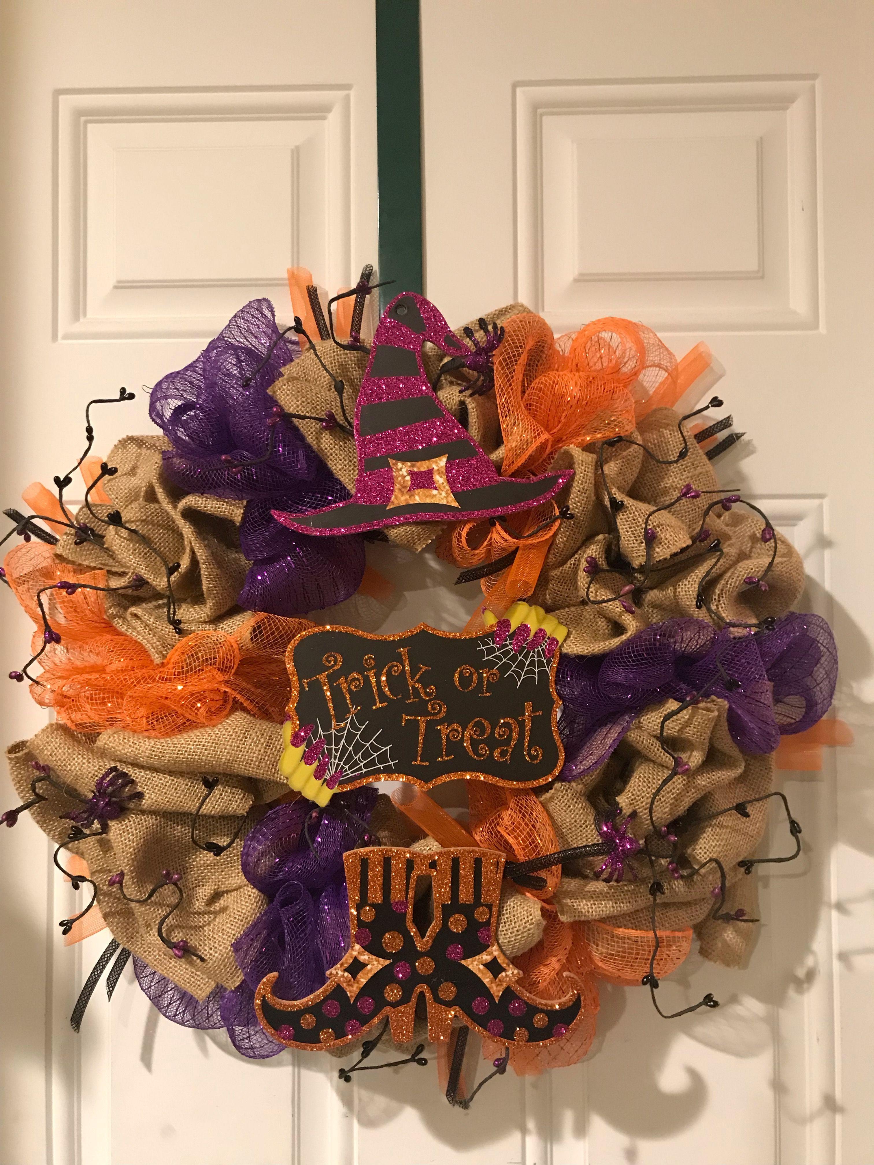 Witch trick or treat wreath Diy crafts, Halloween wreath