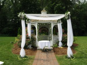 Tulle Decoration On Gazebo   Wedding