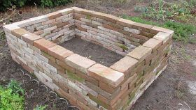 ElkesChaos: raised bed of old bricks