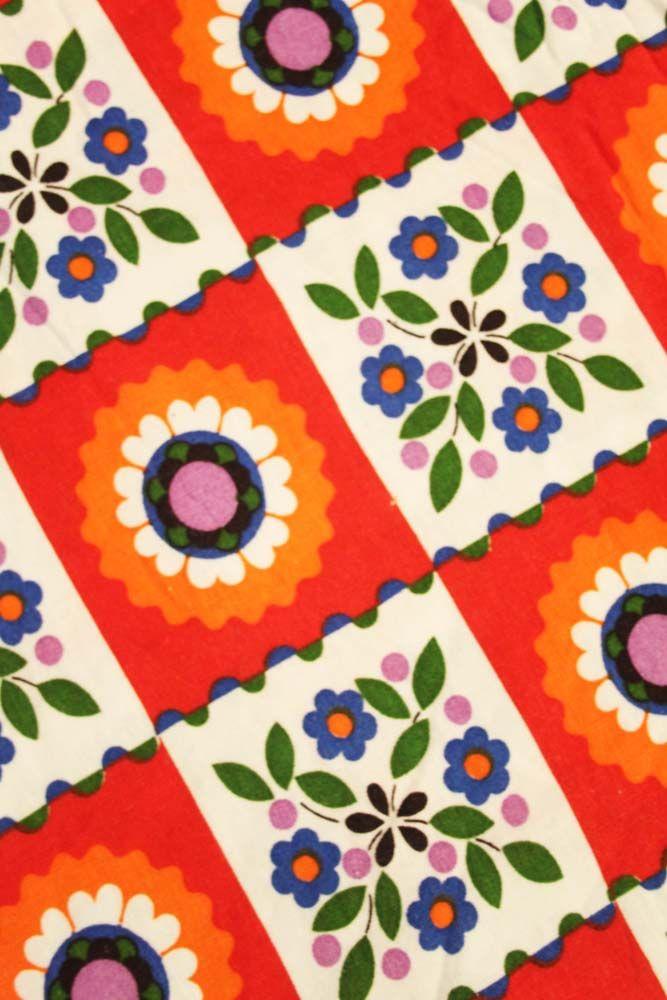 vintage stof / gordijn, echt té schattig! www.sugarsugar.nl