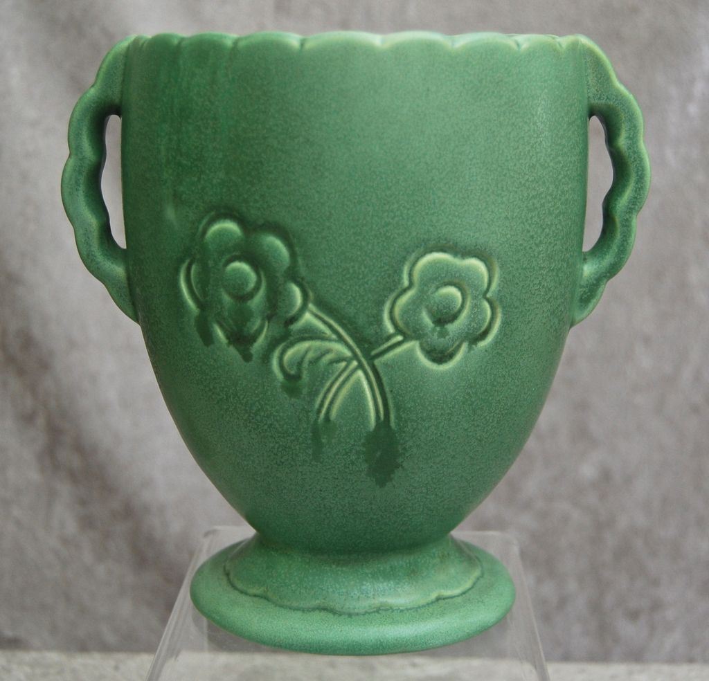 Red wing pottery vase circa 1936 vintage pottery pinterest red wing pottery vase circa 1936 reviewsmspy