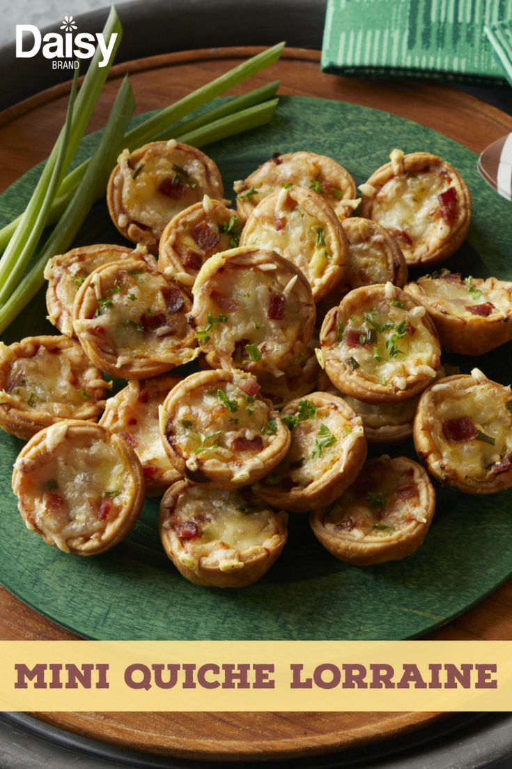 Mini Quiche Lorraine Daisy Brand Sour Cream Cottage Cheese Recipe Best Quiche Recipes Mini Quiche Quiche Lorraine