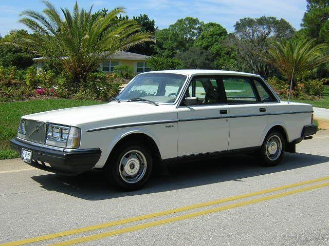 Boxy 1985 Volvo 240