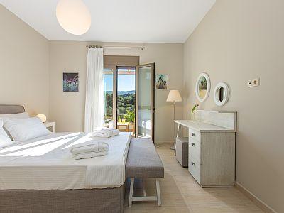 Rethymno villa rental - Master bedroom with veranda access!